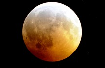 How High the Moon… Winter Solstice Eclipse – 2010