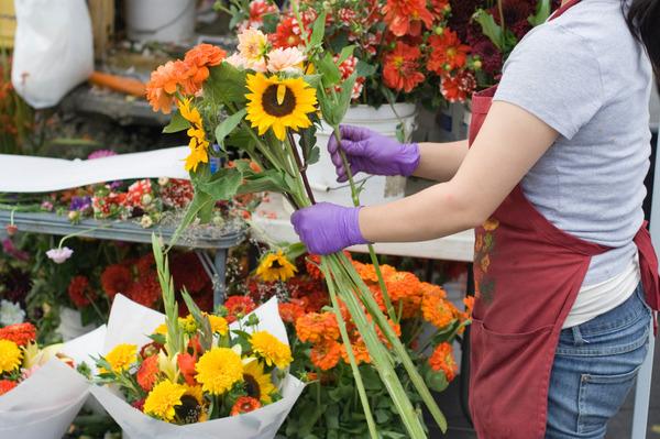 flowersfarmers.jpg